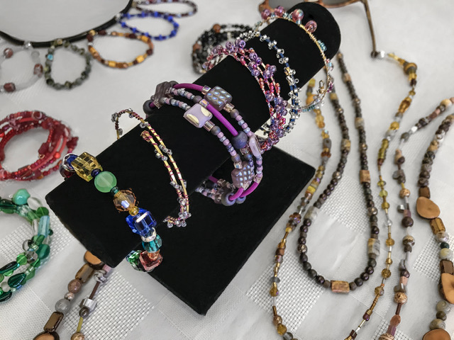 First Uu Wilmington House Pins And Jewelry Sale December 16